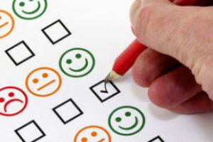 Wat is het verschil tussen cliënttevredenheid en cliëntervaringen?